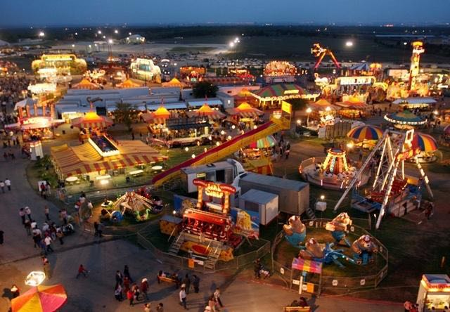 Rodeo Austin Fair The Bridge 101 1 Fm Amp 1120 Am